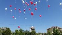 Balonlar Çocuklar İçin Gökyüzüne Bırakıldı