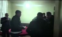 Tedbirleri Hiçe Sayıp Kumar Oynayan 13 Kişiye Polis Baskını