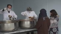 Kestel'de Sofralardan Sıcak Yemek Eksik Olmuyor