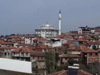 Alifakı Camii'nin Minaresi Yenilendi