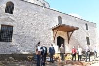 MÜNIR KARALOĞLU - Antalya'nın Sembollerinde Restorasyon Sürüyor