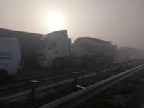 İTFAİYE ARACI - Bulgaristan'da 22 Tır Zincirleme Kaza Yaptı Açıklaması 1 Ölü