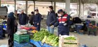 PAZAR ESNAFI - Jandarma Pazar Esnafı Ve Vatandaşlara Sosyal Mesafenin Önemini Anlattı
