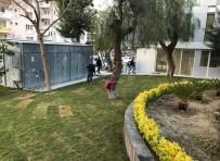 FUTBOL SAHASI - Kuşadası Belediyesi Hizmetleri Kesintisiz Devam Ediyor