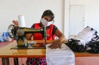 SRI LANKA - Sri Lanka'da Gönüllüler Maske Üretti