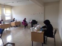 HALK EĞİTİM MERKEZİ - Aslanapa'da Kadınlar Maske Üretiyor