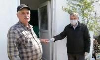 Ezine'de 65 Yaş Üstü Vatandaşlara Yardım Desteği