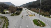 E-DEVLET - Giriş Çıkışlar Kapandı, İzmir-İstanbul Yolu Boş Kaldı