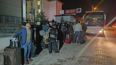 Irak'tan Getirilen 334 Türk İşçi Kütahya'daki Yurtlara Yerleştirildi