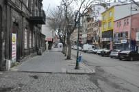 HAYDAR ALİYEV - Kars'ta Cadde Ve Sokaklar Boşaldı