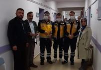 OKUL MÜDÜRÜ - Okulda Üretilen Yüz Koruyucu Siperlik Maskeler Hastane Yönetimine Teslim Edildi