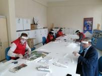 BİZ BİZE - Sungurlu Gençlik Merkezi'nde Maske Mesaisi