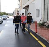 BİSİKLET - Yolda Yürüyen Kadına Kabus Yaşattı, 500 Metre Sonra Polis Yakaladı