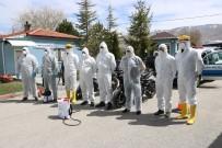 KUZEY KIBRIS - Belediye Polis Ve Sağlıkçıların Araçlarını Ve Konutlarını Ücretsiz Dezenfekte Ediyor