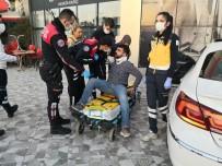 ATATÜRK BULVARI - Yatırıldığı Sedyeden Defalarca Kalkan Yaralı Sürücü Güçlükle İkna Edildi