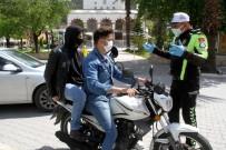 JANDARMA KOMUTANI - Muğla'da Motosiklete 2 Kişi Binmek Yasaklandı