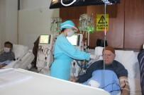 GENÇLİK MERKEZİ - Siper Maskeler Sağlık Çalışanlarına Teslim Edildi