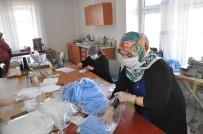 HALK EĞİTİM - Sorgun'lu Gönüllü Bayanlar Günde 2 Bin Adet Maske Üretiyor
