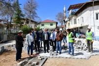 SOSYAL YARDIM - Yeşilyurt'ta Hem Korona Mücadelesi Hem De Yatırımlar Son Sürat