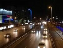 İSTİKLAL - Kısıtlama bitince trafik yoğunlaştı!