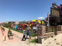Çocuklar Parklarda Oyunla Buluştu