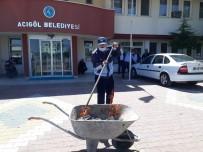Hayırsever Vatandaşın Ödediği Veresiye Defterleri Belediye Yaktı