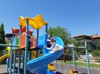 Selendi'de Çocuklar Parklara Akın Etti