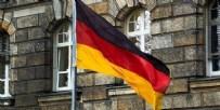 STUTTGART - Almanya'da camiye mide bulandıran saldırı
