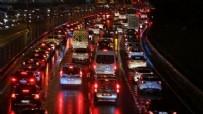 MARKET - Göç başladı! 20 bin kişi bir hafta karantinada