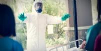 CENAZE - Merak edilen veriyi Bilim Kurulu Üyesi Prof. açıkladı: Coronavirüs kaç dakikada bulaşıyor?