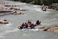 Tunceli'de Rafting Sezonunu, Vali Sonel Açtı