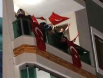 19 MAYıS - Milyonlar balkonlarında İstiklal Marşı'nı okudu!