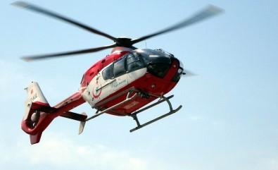 Acil hasta için tarlaya inmek isteyen ambulans helikoptere tarla sahipleri izin vermedi