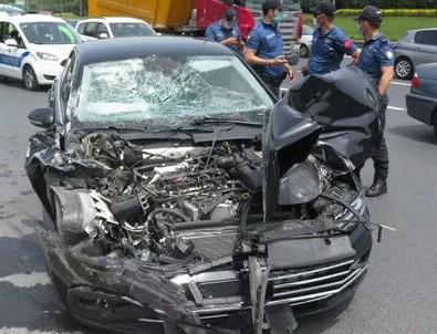 AK Partili vekil kaza geçirdi!