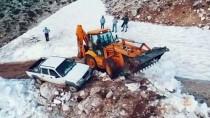 Antalya'da Yaylada Mahsur Kalan 5 Kişi Kurtarıldı