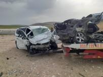 Konya'da İki Otomobil Çarpıştı Açıklaması 2 Yaralı
