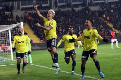 Fenerbahçe'de kriz patladı! 3 futbolcu...