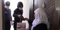Polis Ekipleri Şehit Annesinin Bayramını Kutladı