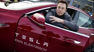 Elon Musk'ın Tesla'dan kazandığı para şok etti!