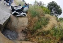 Takla Atıp Kanala Düşen Aracın Sürücüsü Yaralandı