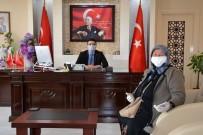 Emekli Maaşından Biriktirdiği 10 Bin Lirayı Mehmetçiğe Bağışladı