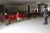 Bayramiç'te Berber Ve Kuaförlerle Toplantı