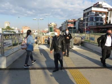 İstanbullunun çilesi bitmiyor! Vatandaş yine yaya kaldı