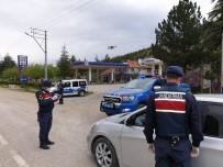 Jandarma Trafik Ekipleri Ve Trafik Polislerinden 'Trafik Haftası' Uygulaması