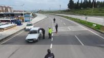 Sındırgı'da Sürücülere Uygulamalı Trafik Bilgilendirmesi