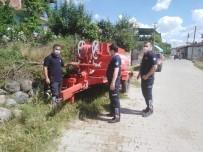 Kırsaldaki Yangın Acil Durumlarında Traktör Arkası Tankerler Kullanılıyor