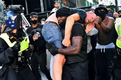 Dünya darp edilen beyazı kurtaran siyahi Patrick Hutchinson'u konuşuyor