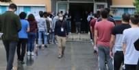 SAĞLIK EKİBİ - Sınavda koronavirüs paniği! Tüm öğrenciler karantinaya alındı