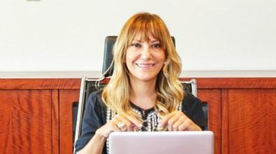 Başörtülü kadınlara hakaret eden Yeşim Meltem Şişli'nin İBB'de Daire Başkanı olduğu ortaya çıktı! Bakın ne kadar maaş alıyor