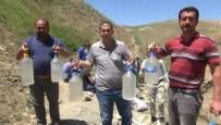 SUDAN - Taşı eriten su bulundu! Kana kana içiyorlar...